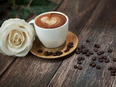咖啡加奶加糖
