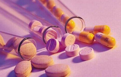 年轻少女使用避孕药注意事项