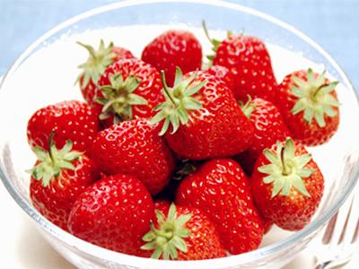 夏季吃草莓的最佳清洗方式