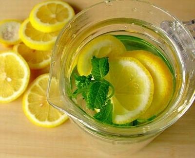 新鲜柠檬泡水很苦怎么办