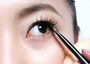 眼线怎么画好看图解_眼线怎么画