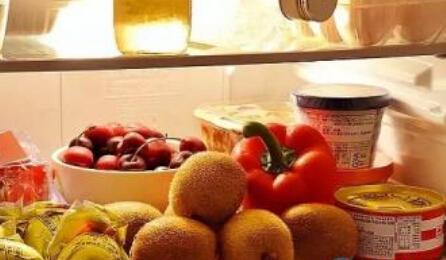 把这些食物放冰箱 会滋生3大恶性细菌【星养生】
