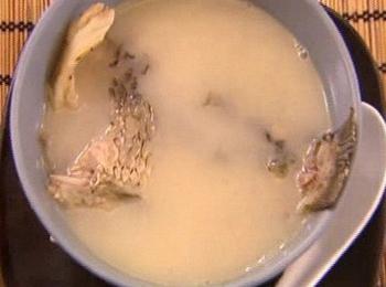 黄芪鲤鱼汤