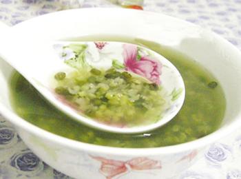 快速煮绿豆汤及煮绿豆汤不变红的小妙招